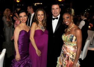 Kelly Preston, John Travolta Eelena Roggero a herečka - zpěvačka Michele Henderson - všichni přiznivci scientologické církve